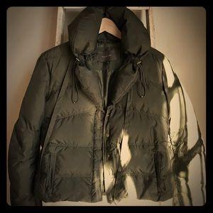 Tahari Short Puffer Jacket 🤳🏻